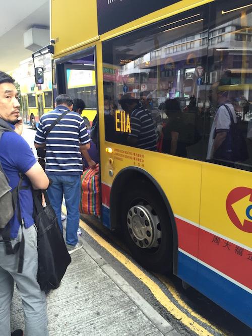 香港空港のバス