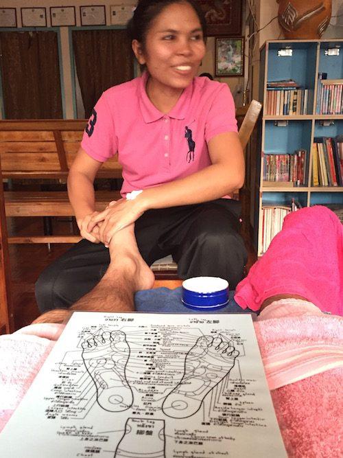 バンコクのおすすめフットマッサージMr.feet(ミスターフィート)施術風景