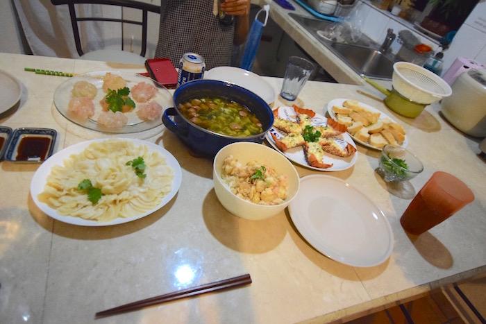 伊勢海老とコンク貝料理
