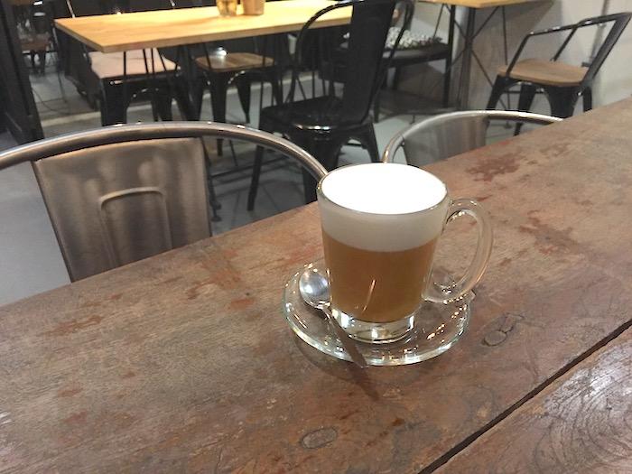 Ombra Caffeのタイティー
