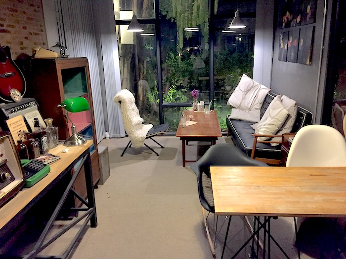 Ombra Caffeの店内