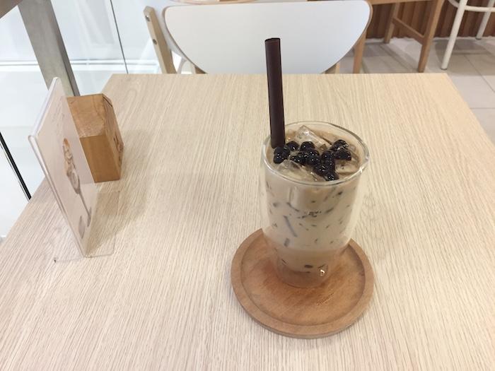 brown cafeのタピオカミルクティー