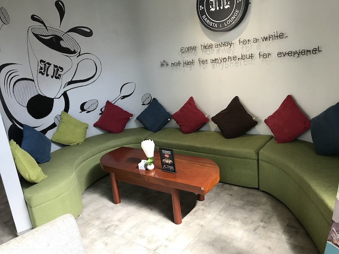 The Hideout Barista & Loungeの店内