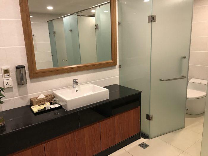 ミンガラースカイラウンジのシャワー室