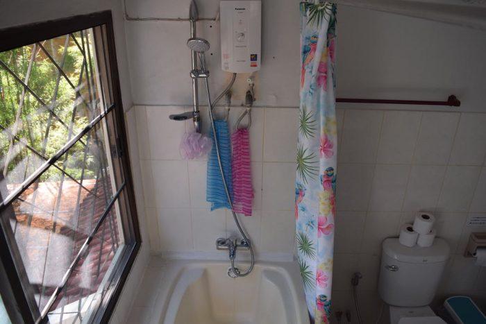 コヤニスカッティ のシャワー