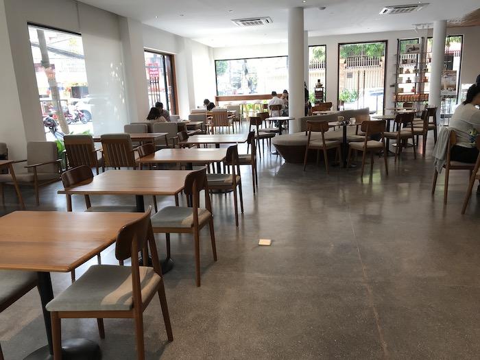 プノンペンのDOI CHAANG COFFEEの店内