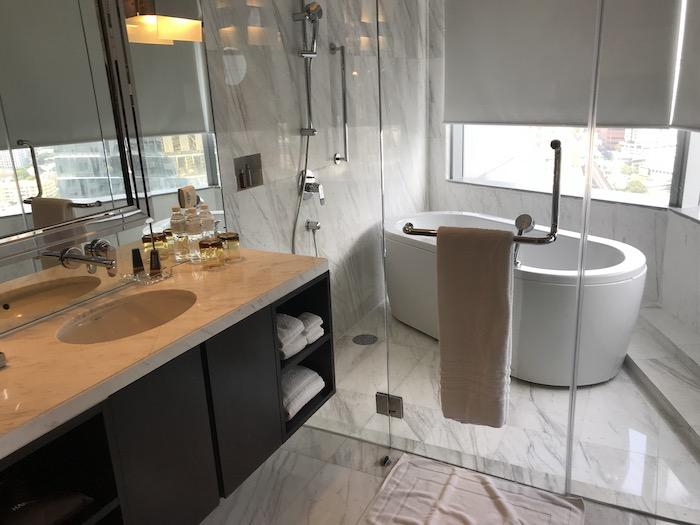 バンコク マリオットホテル スクンビットの洗面台