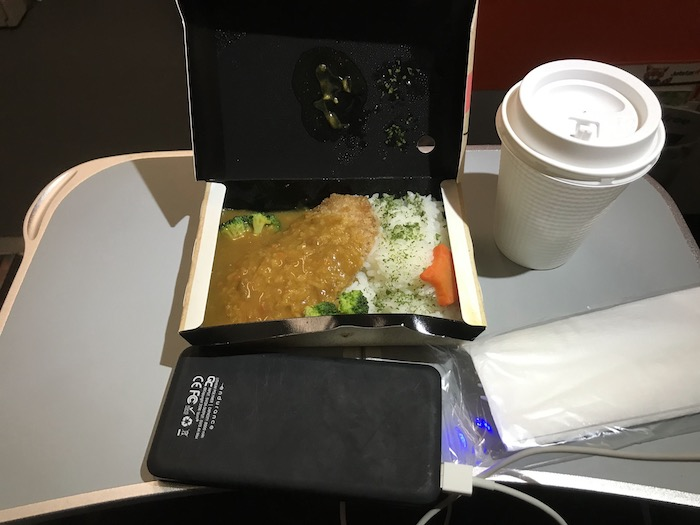 ジェットスターレビュー 機内食チキンカレー
